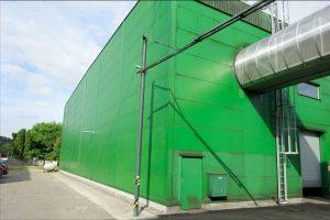 Společnost Umyjemto zvládne vyčistit jakékoliv povrchy průmyslových hal a objektů.