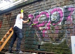 Omývání graffiti