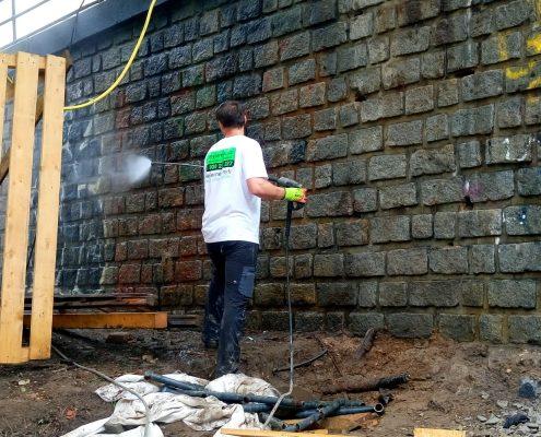 Vysokotlaké čištění graffity